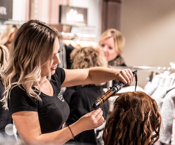 mobile event hairstyling melbourne